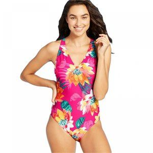 NWT Strappy Back One Piece Swimsuit XL Pink